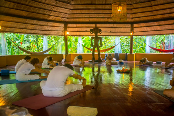 Costa Rica yoga retreat with yoga teacher