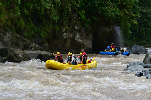 Whitewater Rafting The Rio Pacuare Costa Rica